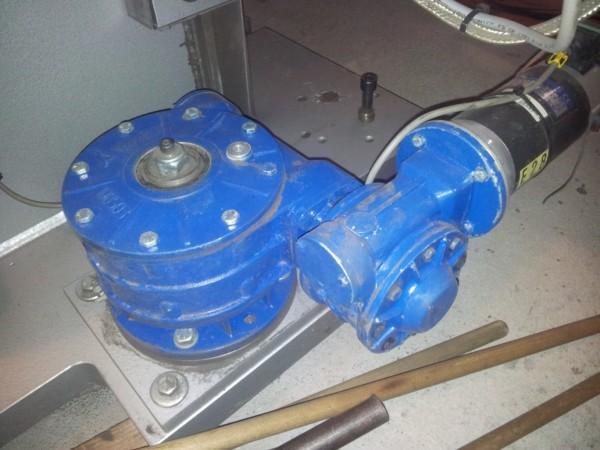 Silnik obrotu słupowysięgnika ESAB A2 A6 nowe i używane