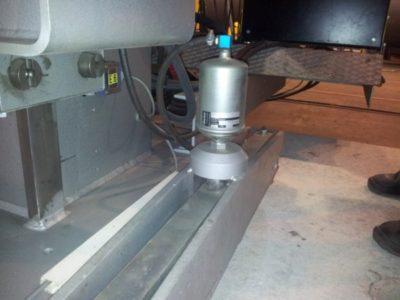 Esab CAB 460 Hamulec pneumatyczny obrotu słupowysięgnika używany